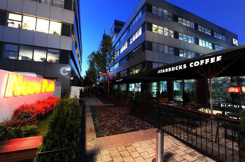 Novo Park a deschis cafeneaua Starbucks